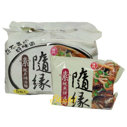 Mushroom and Vegetarian Squid Instant Noodles